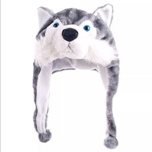 Other - ⭐️NWT Critter cap plush wolf hat